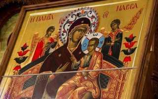 Молитва и акафист иконе Божией Матери «Всецарица»: текст, для чего читают